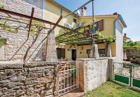Villa in Veliki Vareški, Croatia