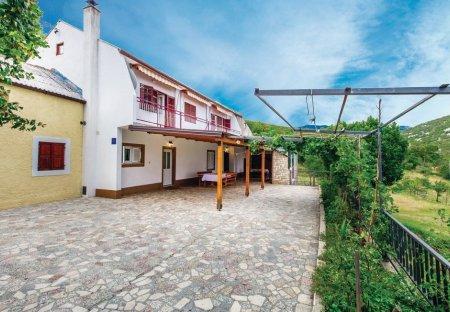 Apartment in Biljevine, Croatia