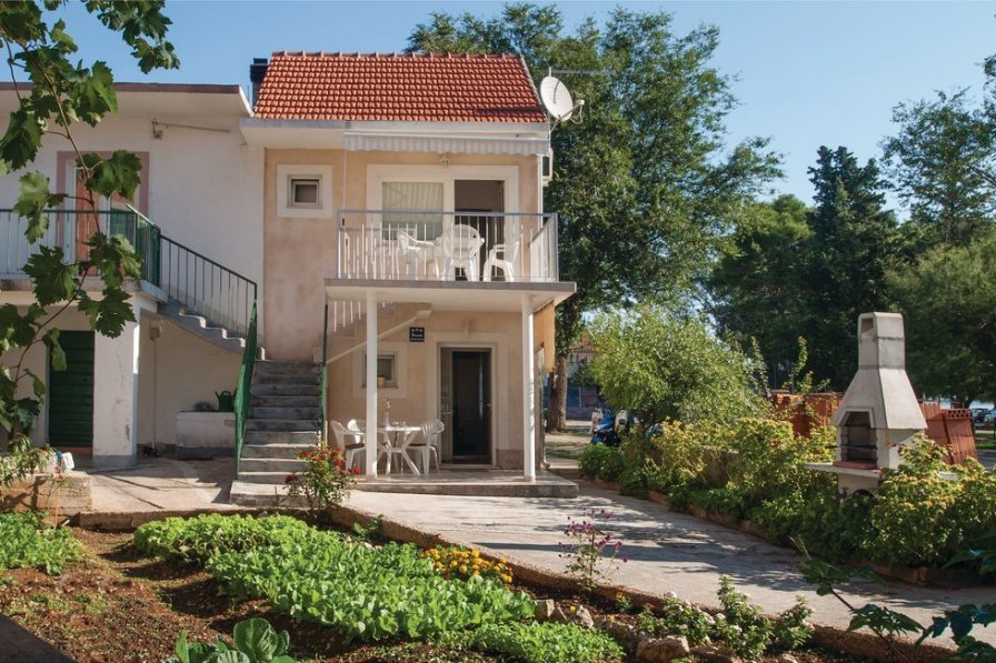 Apartment in Croatia, Raslina: OLYMPUS DIGITAL CAMERA