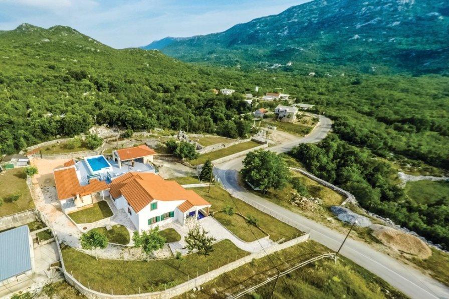 Villa in Croatia, Kotlenice: DCIM\100GOPRO\G0017552.