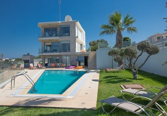 6 bedroom Villa for rent in Cape Greco