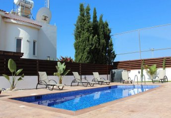 3 bedroom Villa for rent in Nissi Beach