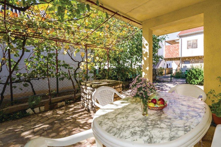 Apartment in Croatia, Gornji Karin