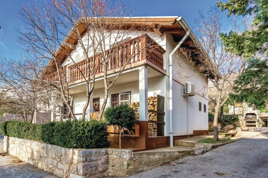 Apartment in Croatia, Karlobag