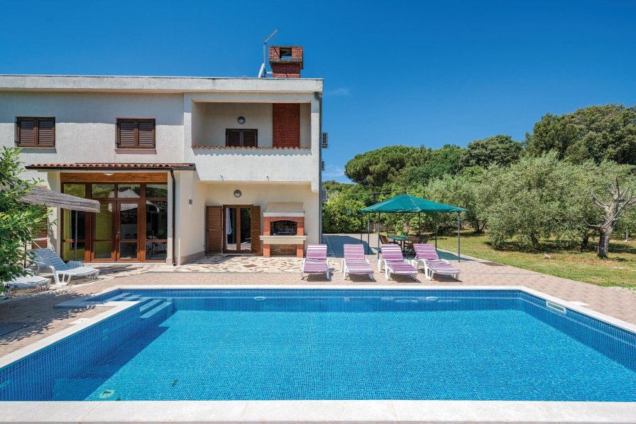 Villa To Rent In Rovinj Croatia With Swimming Pool 214735