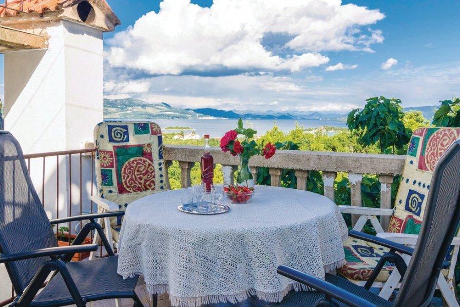 Apartment in Croatia, Sreser