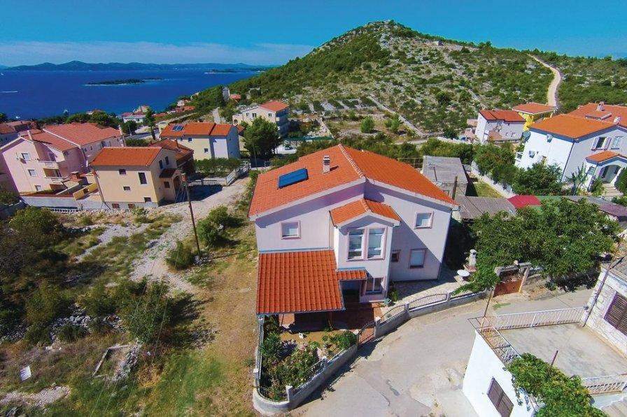 Villa in Croatia, Drage