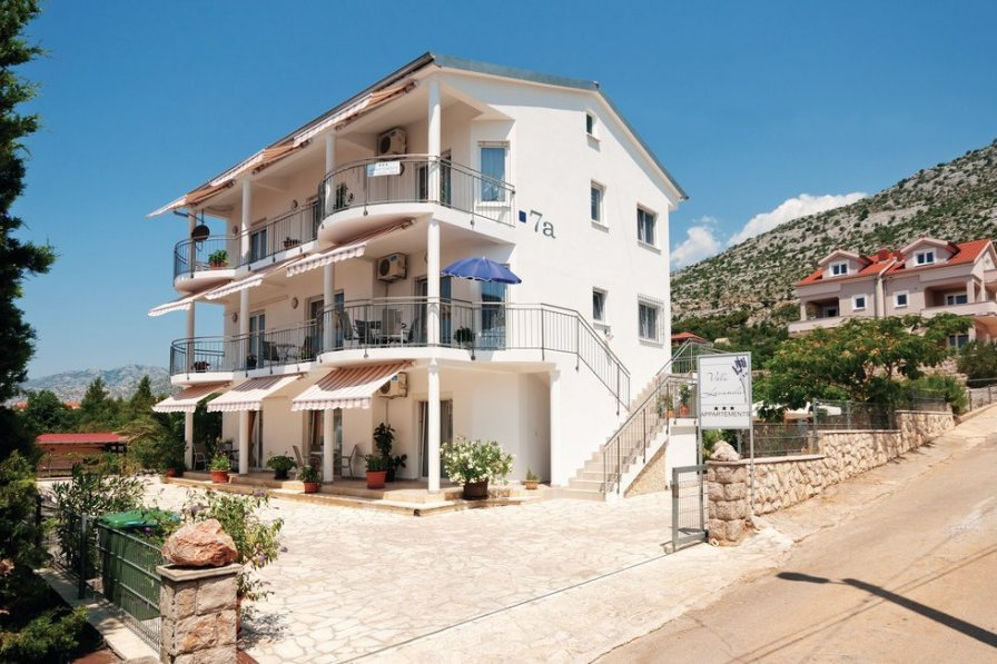 Apartment in Croatia, Starigrad