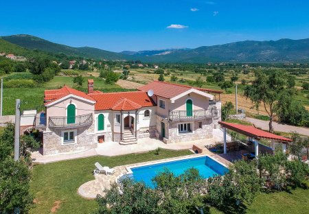 Villa in Osoje, Croatia
