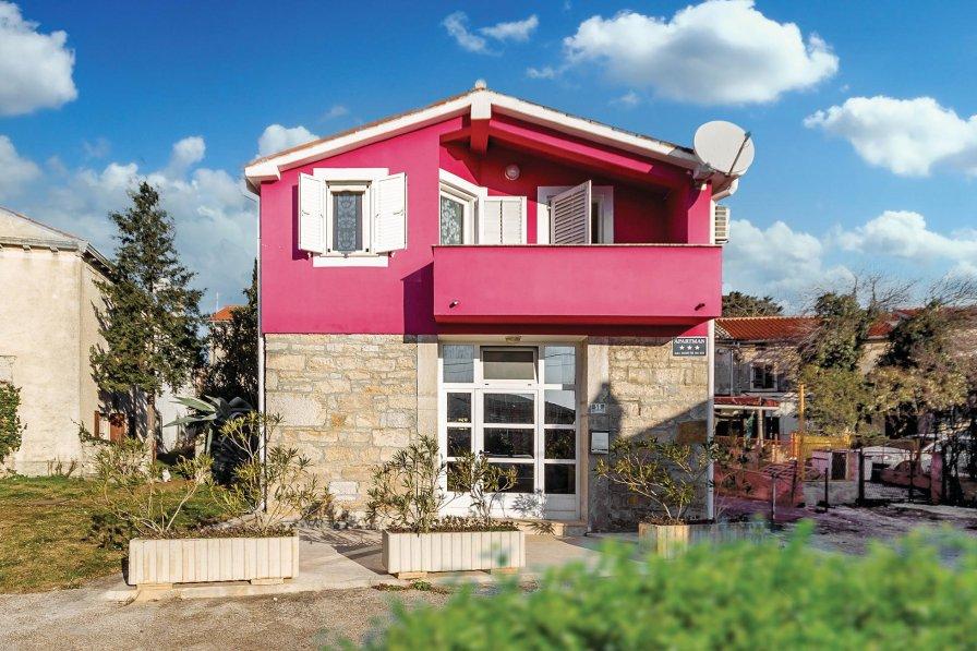 Villa in Croatia, Pavićini