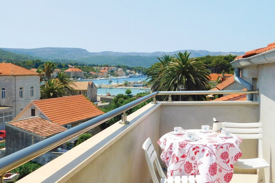 Apartment in Croatia, Stari Grad