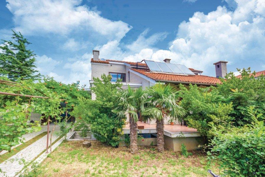 Villa in Croatia, Dražice