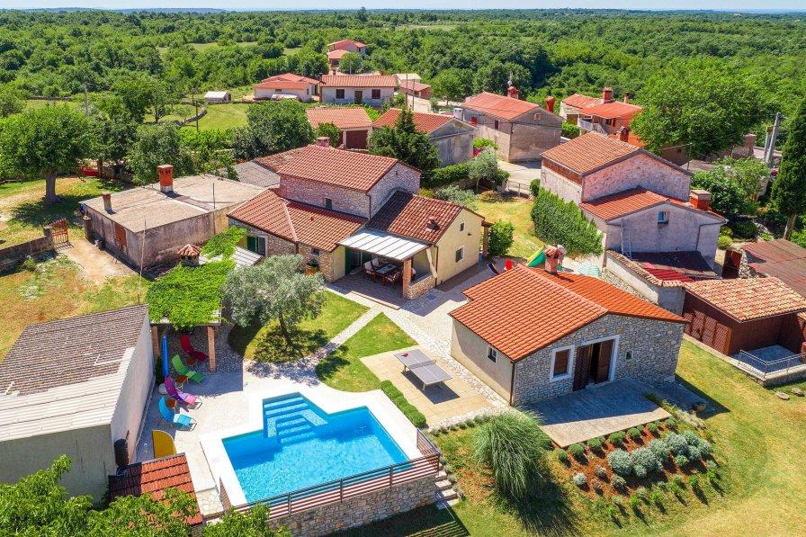Villa in Croatia, Šarići