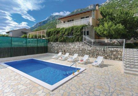 Villa in Čisla, Croatia