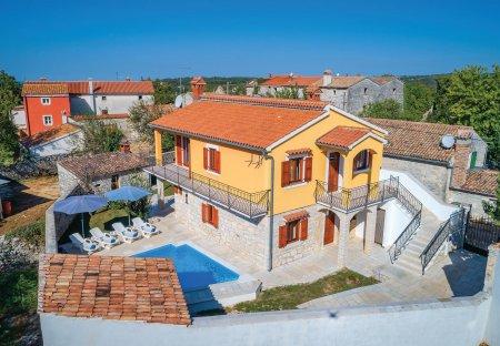 Villa in Vošteni, Croatia