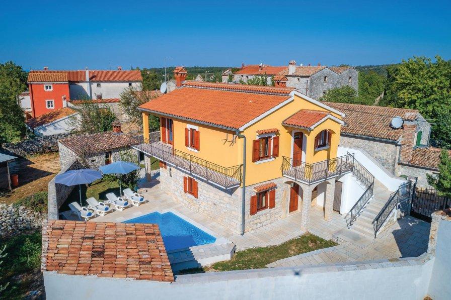 Villa in Croatia, Vošteni