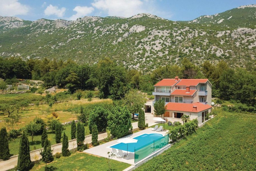 Apartment in Croatia, Ostrvica