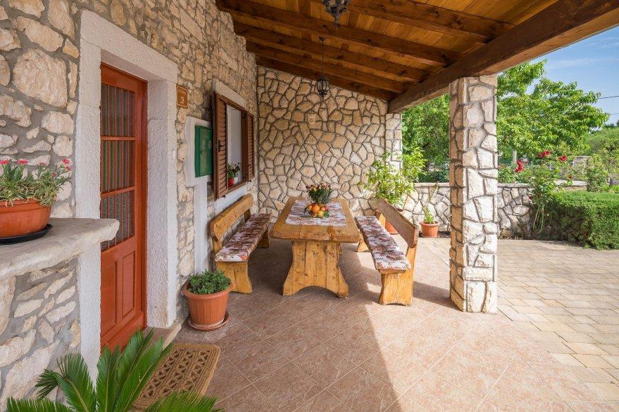 Villa in Croatia, Eržišće