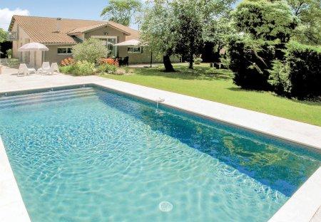Villa in Saint-Aubin-de-Cadelech, France