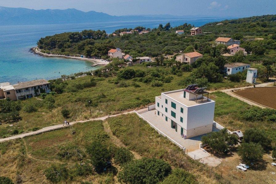 Apartment in Croatia, Sućuraj