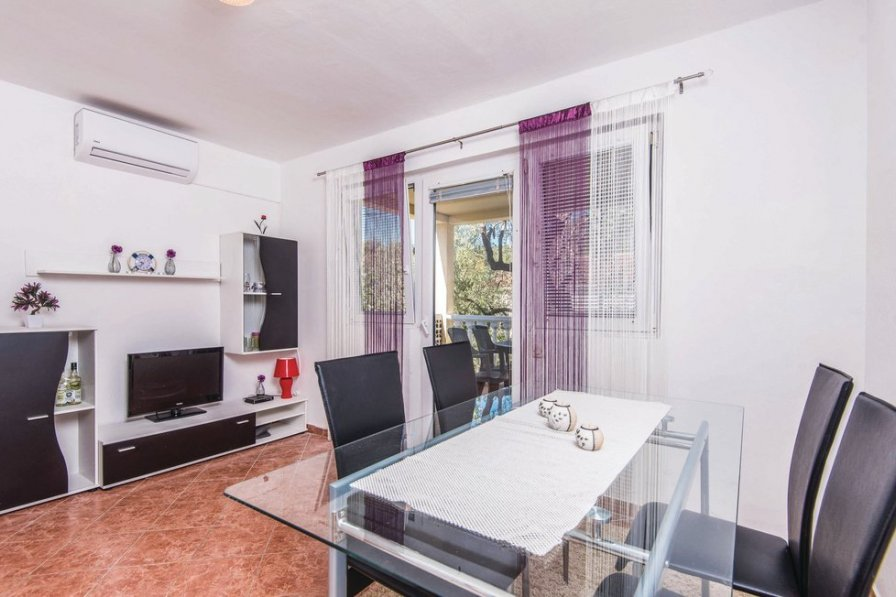 Apartment in Croatia, Dubrava