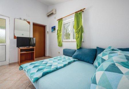 Studio Apartment in Jakići Gorinji - Iachici, Croatia