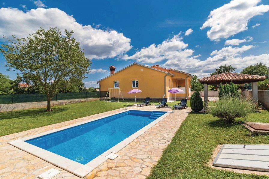 Villa in Croatia, Rudani