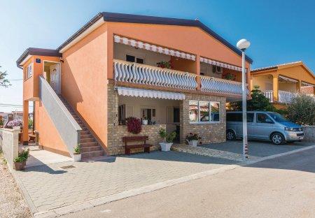 Apartment in Vir, Croatia