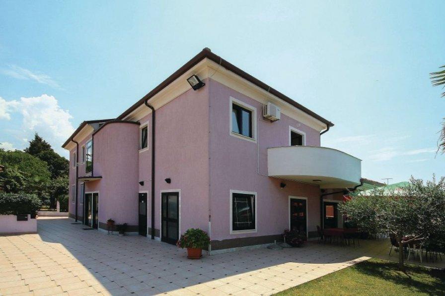 Apartment in Croatia, Bašanija