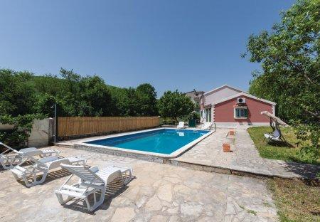 Villa in Gizdavac, Croatia