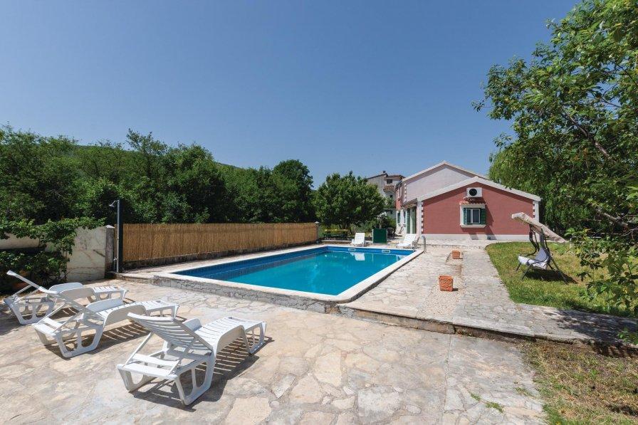 Villa in Croatia, Gizdavac