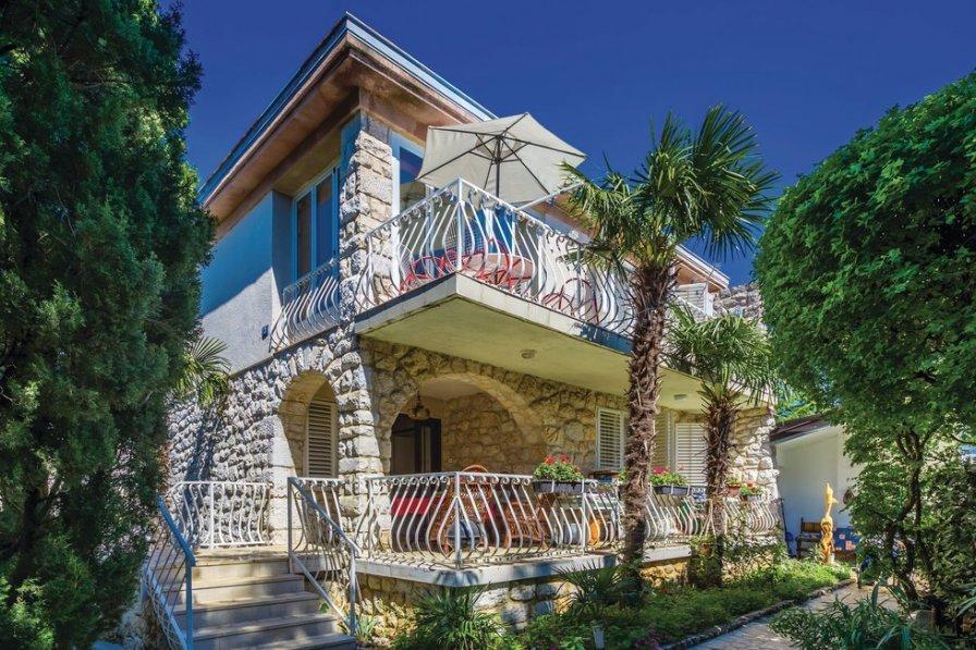 Villa in Croatia, Oštro