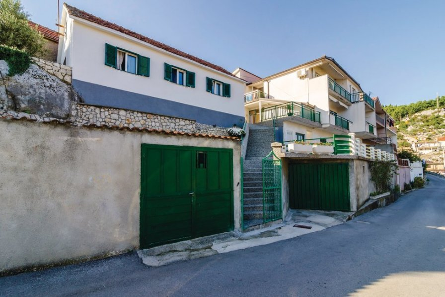 Apartment in Croatia, Ploče