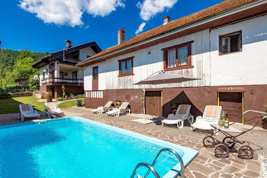 Villa in Croatia, Plaški