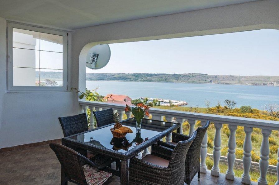 Apartment in Croatia, Rtina