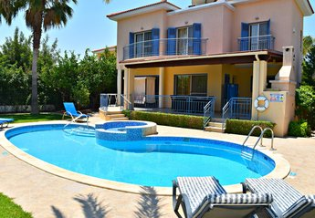 3 bedroom Villa for rent in Latchi