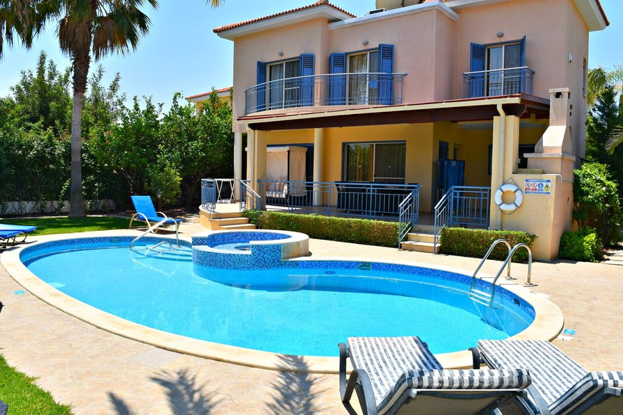 Latchi Beach Villa - 100m to Blue Flag Beach & Latchi Harbour