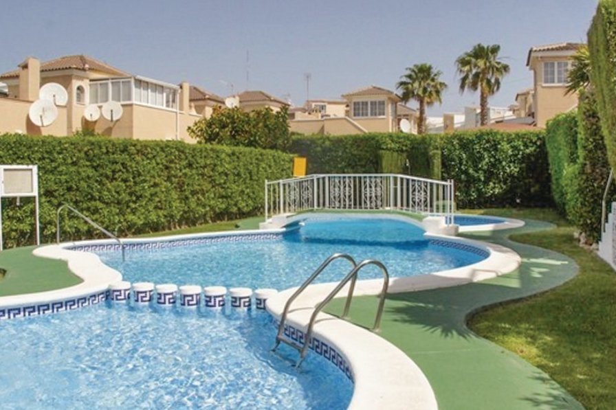 Holiday apartment in El Moncayo with shared pool