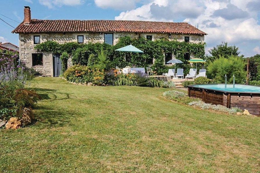 Villa in France, Lizant