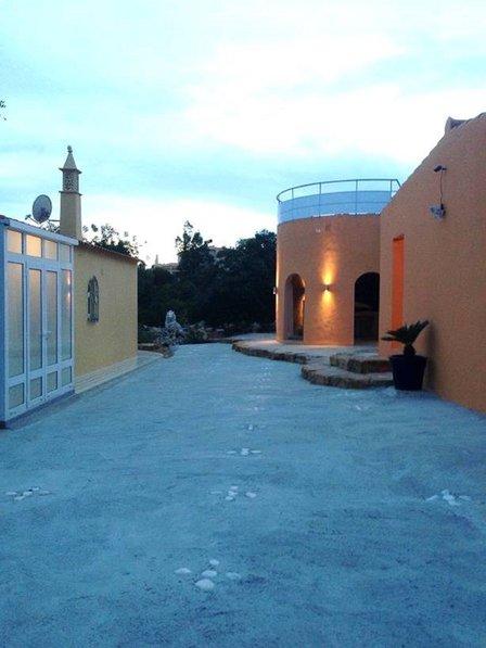 Faro Modern Bedroom Set: Villa To Rent In Gorjões, Algarve With Private Pool