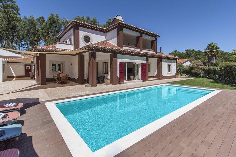 Villa in Portugal, Janas