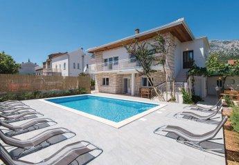 6 bedroom Villa for rent in Orebic