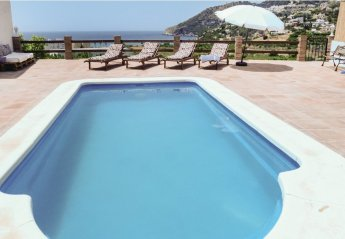 6 bedroom Villa for rent in Almunecar