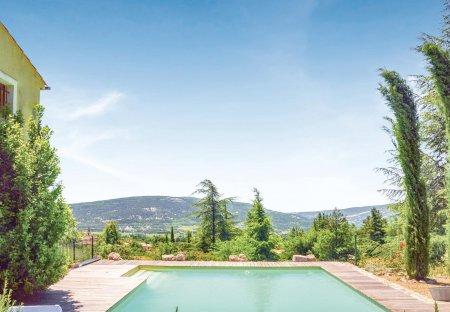 Villa in Saint-Étienne-les-Orgues, the South of France