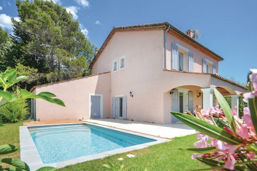 Bois Fleuri-Chevre d'Or-Saint Philippe villa to rent