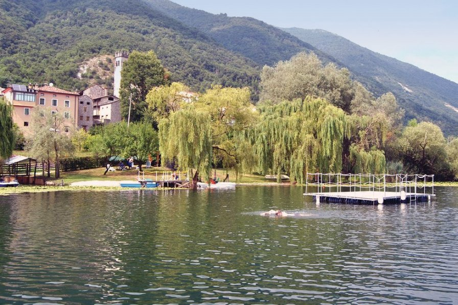 Villa in Italy, Lago