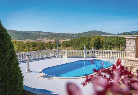 Villa in Kijevo, Croatia
