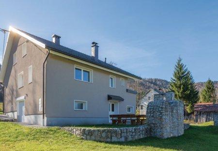 Villa in Srednja vas pri Dragi, Slovenia