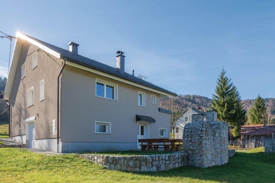 Villa in Slovenia, Srednja vas pri Dragi