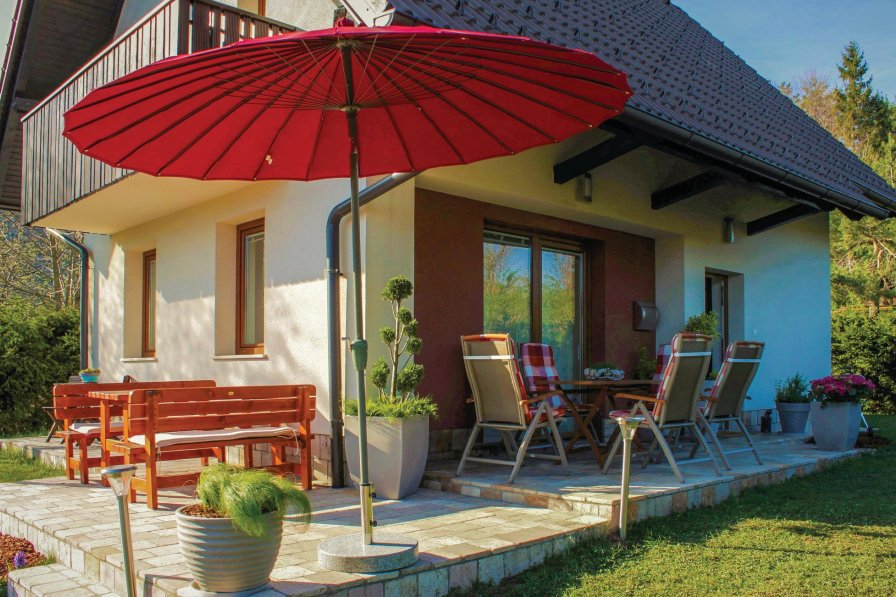 Villa in Slovenia, Rakitna